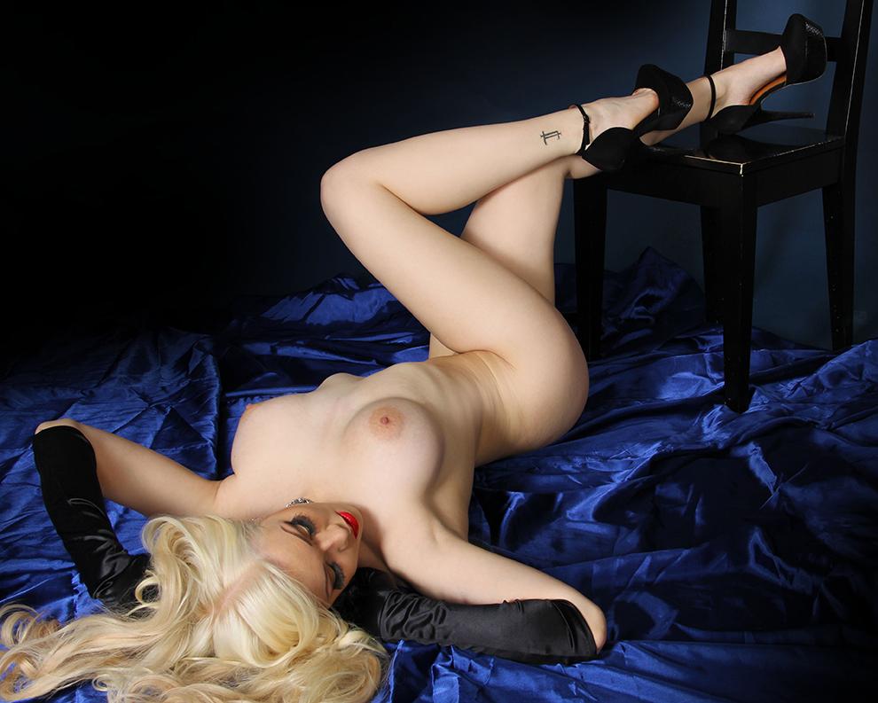 seksileffa marianne kallio alasti