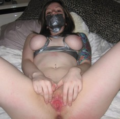 Teini ikäinen tyttöystävä pornokuvissa