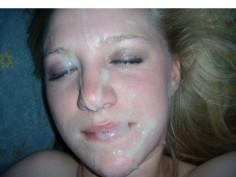 Blondi teini tyttöystävä pornokuvissa