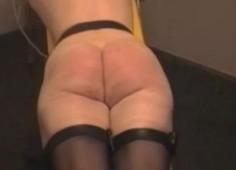Suomalainen nainen piiskataan