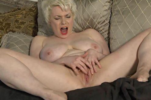 nainen kiimassa seksikauppa jyväskylä