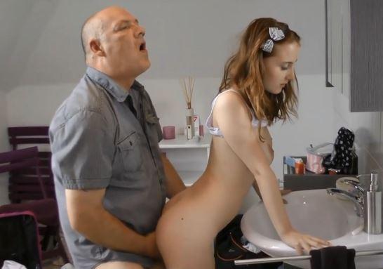 sex mummo runkkaus videot